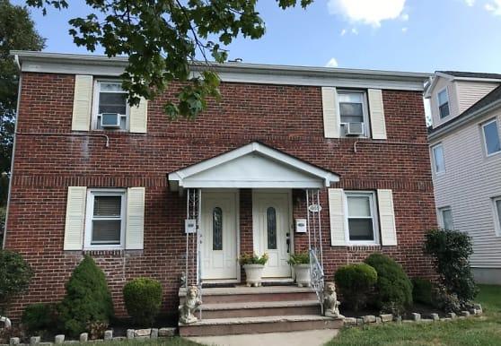 601 W Henry St, Linden, NJ
