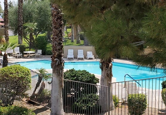 2810 N Arcadia Ct 214, Palm Springs, CA