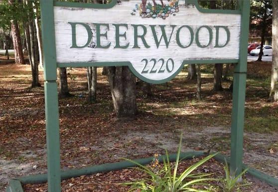 Deerwood Apartments, Gainesville, FL
