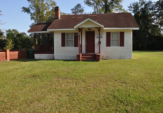 206 Fowler St, Tabor City, NC