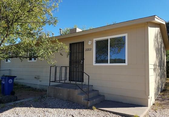 2202 Little Walnut Rd, Silver City, NM