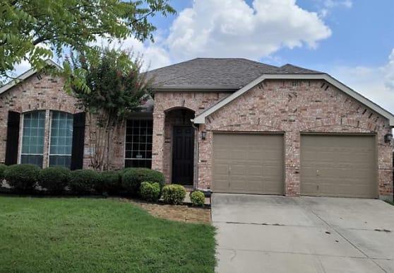 4917 Sunset Ridge Dr, Fort Worth, TX