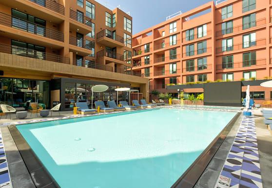 El Centro Apartments & Bungalows, Hollywood, CA
