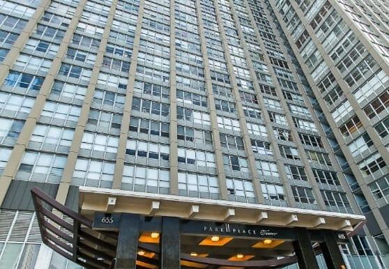 655 IL-19, Chicago, IL