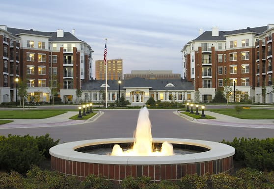 Regency Place Apartments, Oakbrook Terrace, IL