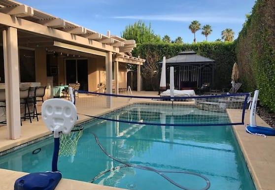85 Sedona Ct, Palm Desert, CA