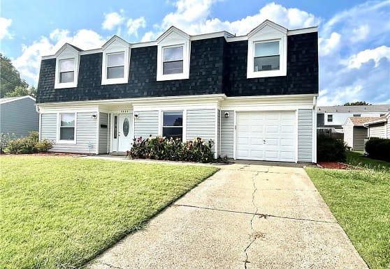 4404 Chelsea St, Virginia Beach, VA