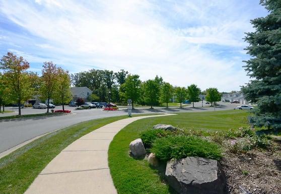 Oakbrooke, Howell, MI