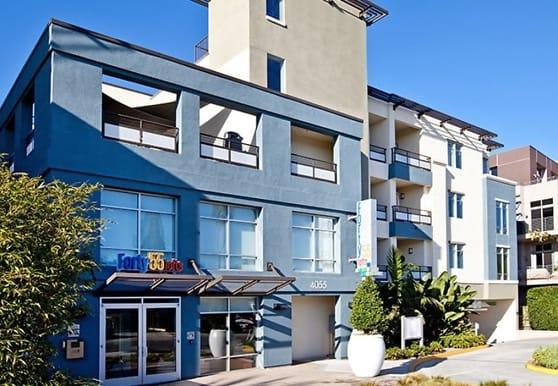 4055 Redwood Ave 408, Marina Del Rey, CA