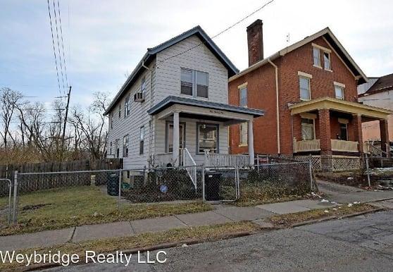 101 Juergens Ave, Cincinnati, OH
