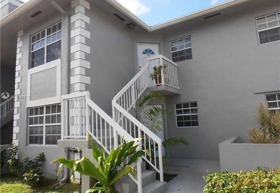 434 NE 210th Cir Terrace 202-4A, Miami, FL