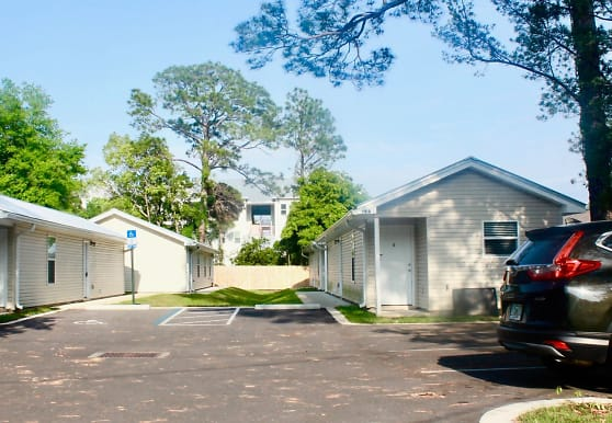 21 Park Cir SE, Fort Walton Beach, FL