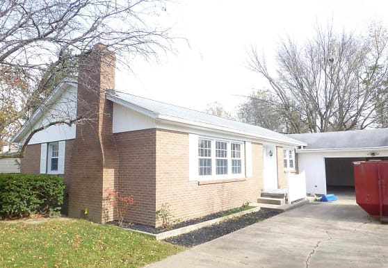 108 Ivy Hill Dr, West Lafayette, IN