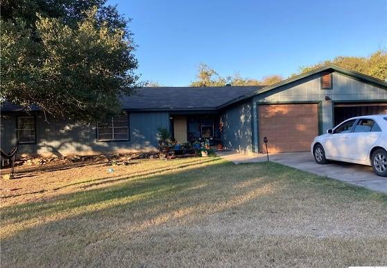 713 Allen St, San Marcos, TX