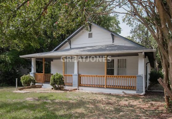 306 E Guilford St, Thomasville, NC