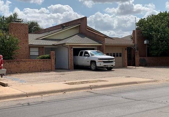 3215 W Golf Course Rd, Midland, TX