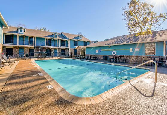 Woodbury Place Apartments, Corpus Christi, TX