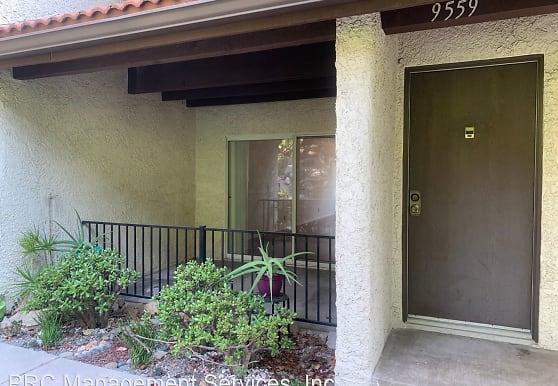 9559 Via Ricardo, Burbank, CA