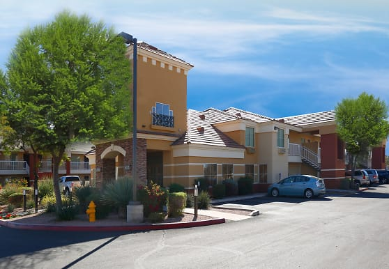 Furnished Studio - Phoenix - Chandler - E. Chandler Blvd., Phoenix, AZ