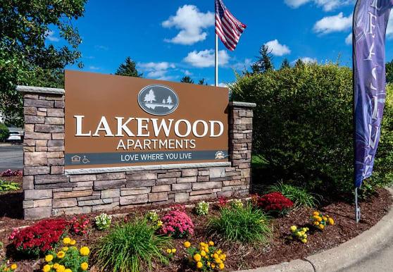Lakewood, Haslett, MI