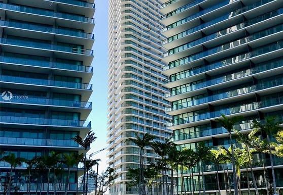 650 NE 32nd St 4205, Miami, FL