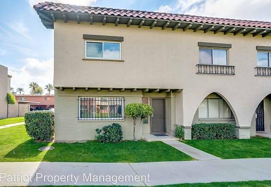 2940 E Clarendon Ave, Phoenix, AZ