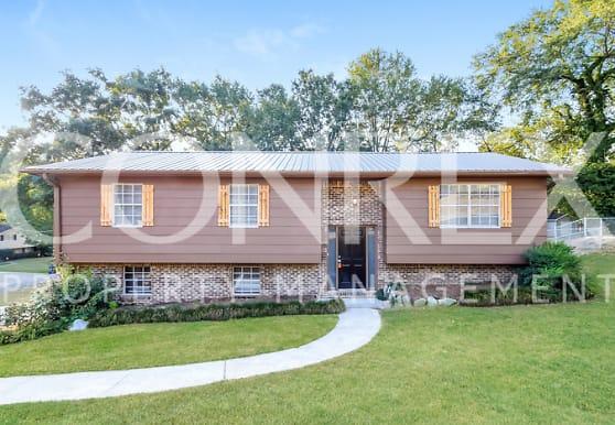549 Overhill Rd, Pelham, AL