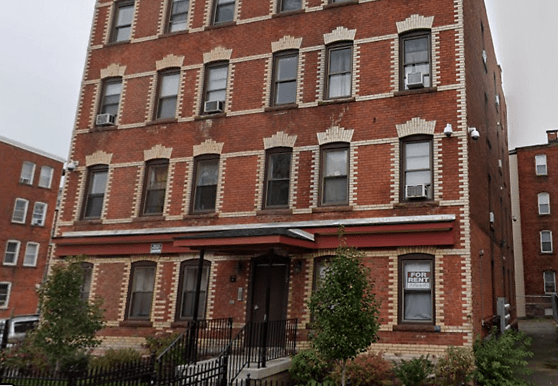 1004 Broad St, Hartford, CT