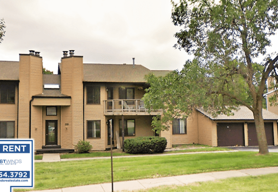 2050 Holiday Rd, Coralville, IA
