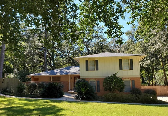 3700 Galway Dr, Tallahassee, FL