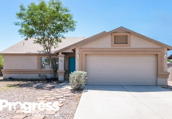 625 W 17th Avenue, Apache Junction, AZ