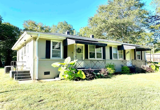 106 Long Forest Dr A, Greenville, SC