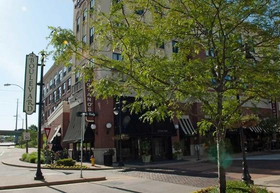 The Residences at the Boulevard, Saint Louis, MO
