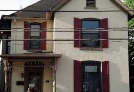 125 W Pike St, Canonsburg, PA