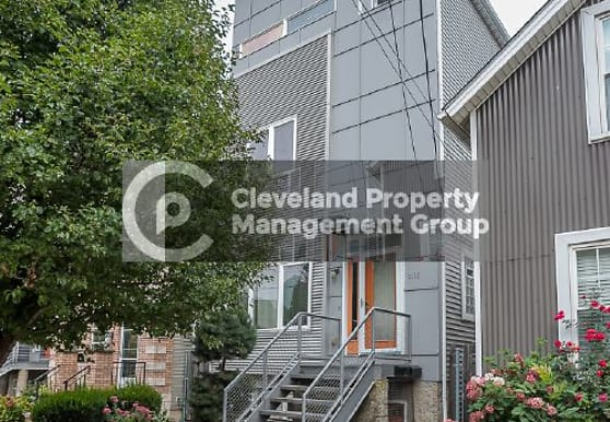 2165 W 6th St, Cleveland, OH