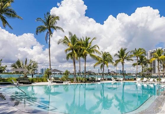 1500 Bay Rd M-0917, Miami Beach, FL