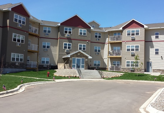 Northern Star Apartments, Big Lake, MN