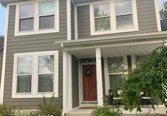 57401 River Oaks Dr, New Haven, MI