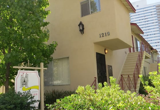 1219 Barry Ave., Los Angeles, CA