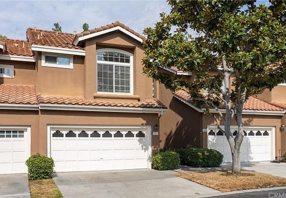 171 Matisse Cir 77, Aliso Viejo, CA