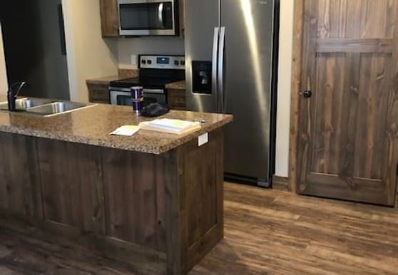 6212 Wilderness Rd, Pequot Lakes, MN