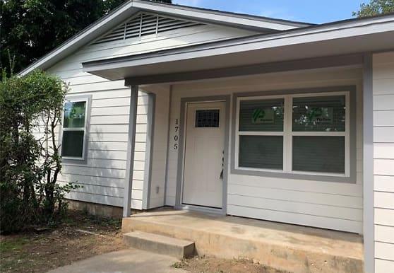 1705 Boyd St, Denton, TX