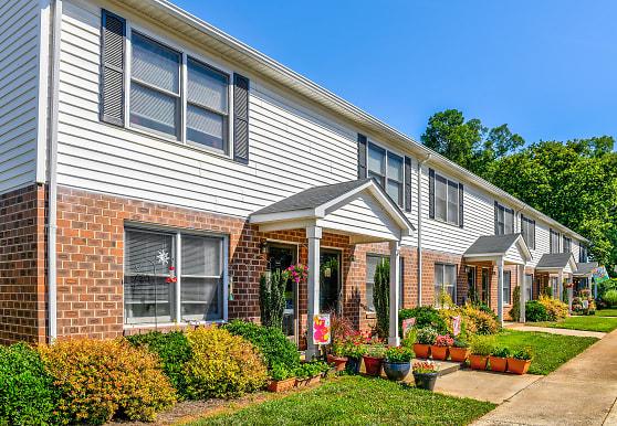 Residences at Belmont, Belmont, NC