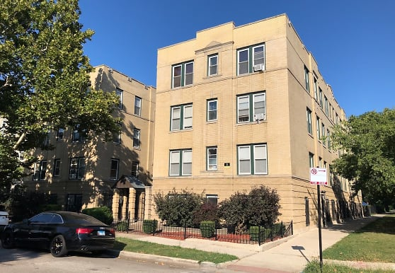 307 N Central Park Ave 3B, Chicago, IL