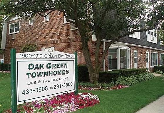 Oak Green Townhomes, Highland Park, IL