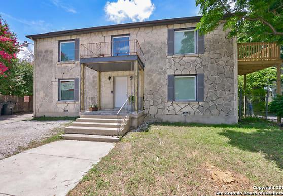 1024 W Woodlawn Ave 1, San Antonio, TX