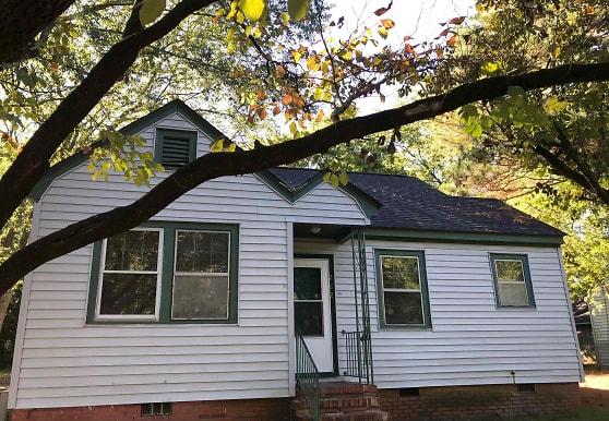 282 Windsor Dr, Fayetteville, NC