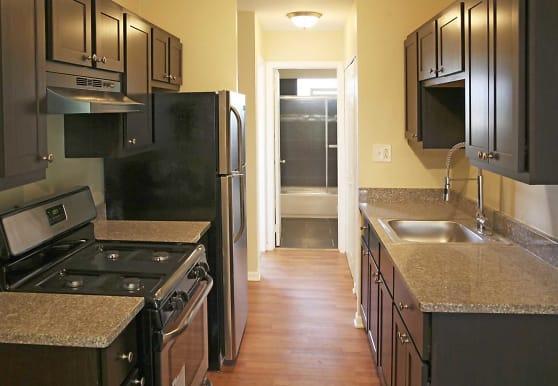 Parkside Apartments, Glen Ellyn, IL