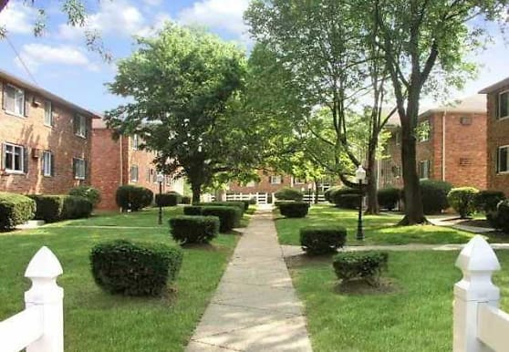 Magnolia Pointe Apartments, Cincinnati, OH