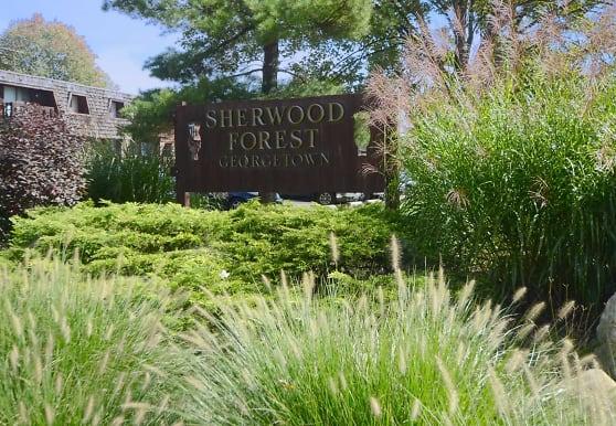 Sherwood Forest, Elyria, OH